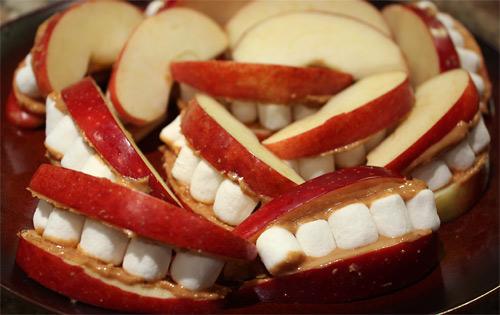 Peanut Butter Apple Mouths vegetarian snack peanut butter gluten free appetizer