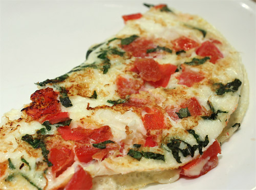 Fresh Mozz, Tomato and Basil Omelet vegetarian peanut butterless low carb gluten free breakfast