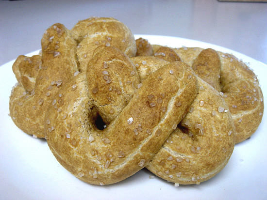 Soft Whole Wheat Pretzels vegetarian snack peanut butterless bakery