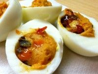 Done in 60 Seconds: Hummus-Deviled Eggs