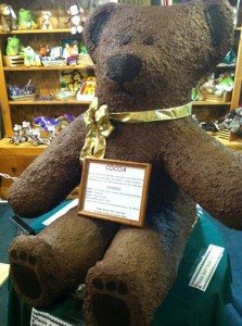 Cocoa the Bear at The Village Peddler in East Arlington, VT. He weighs 100lbs.